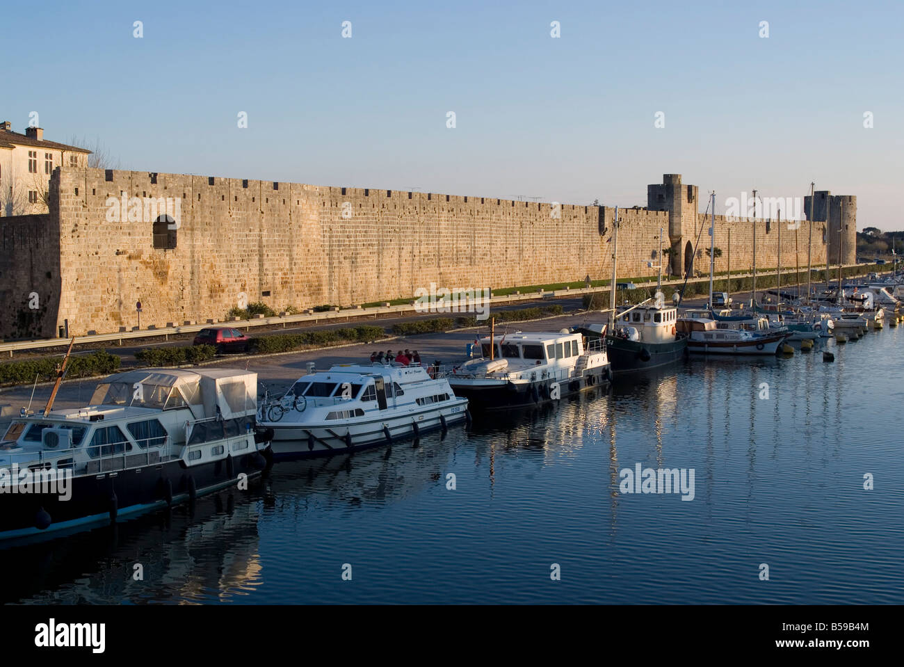 Walls dating from 13th century, Aigues-Mortes, Languedoc, France, Europe - Stock Image
