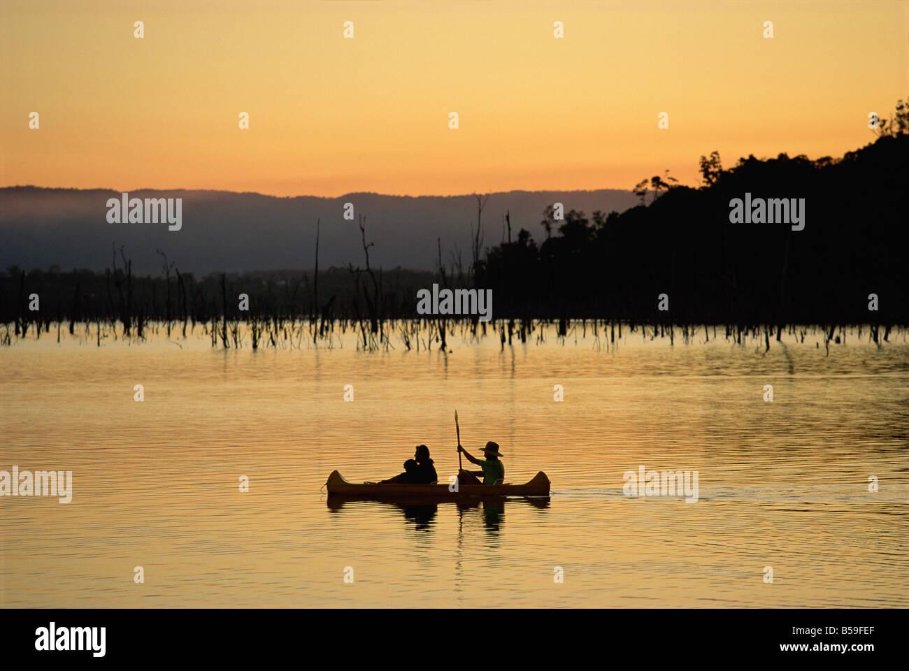 Canoeing on Lake Tinaroo, Atherton Tableland, Queensland, Australia, Pacific - Stock Image