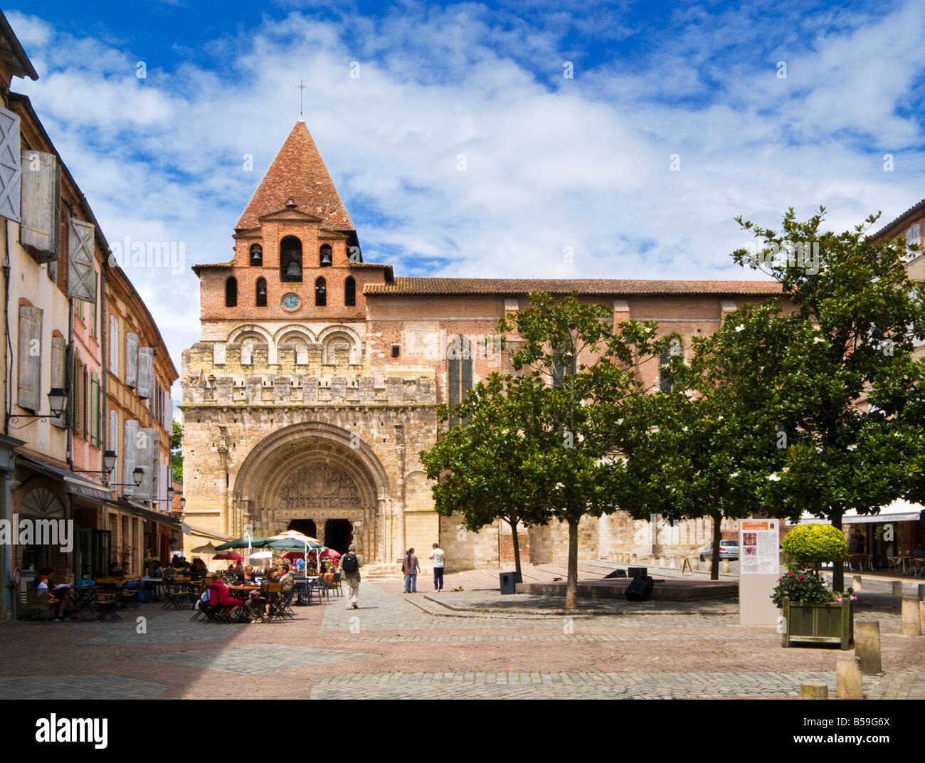 The Abbaye Saint Pierre de Moissac in Moissac, Tarn et Garonne, France Europe - Stock Image