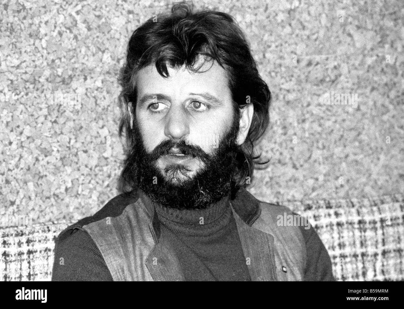 Ex Beatle Ringo Starr April 1975 75 1771 003