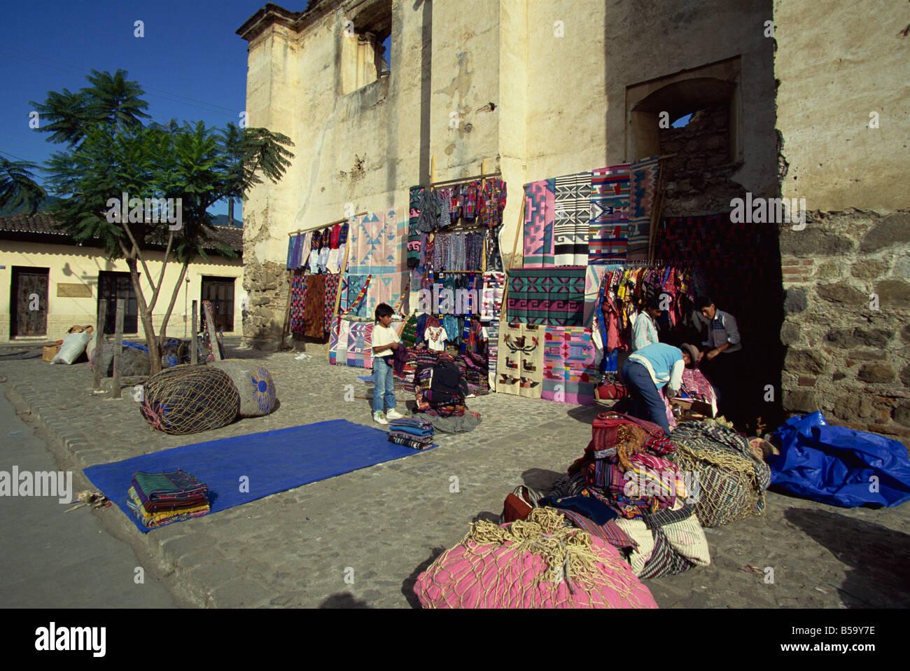 Local Indian souvenir stalls, Antigua, Guatemala, Central America - Stock Image