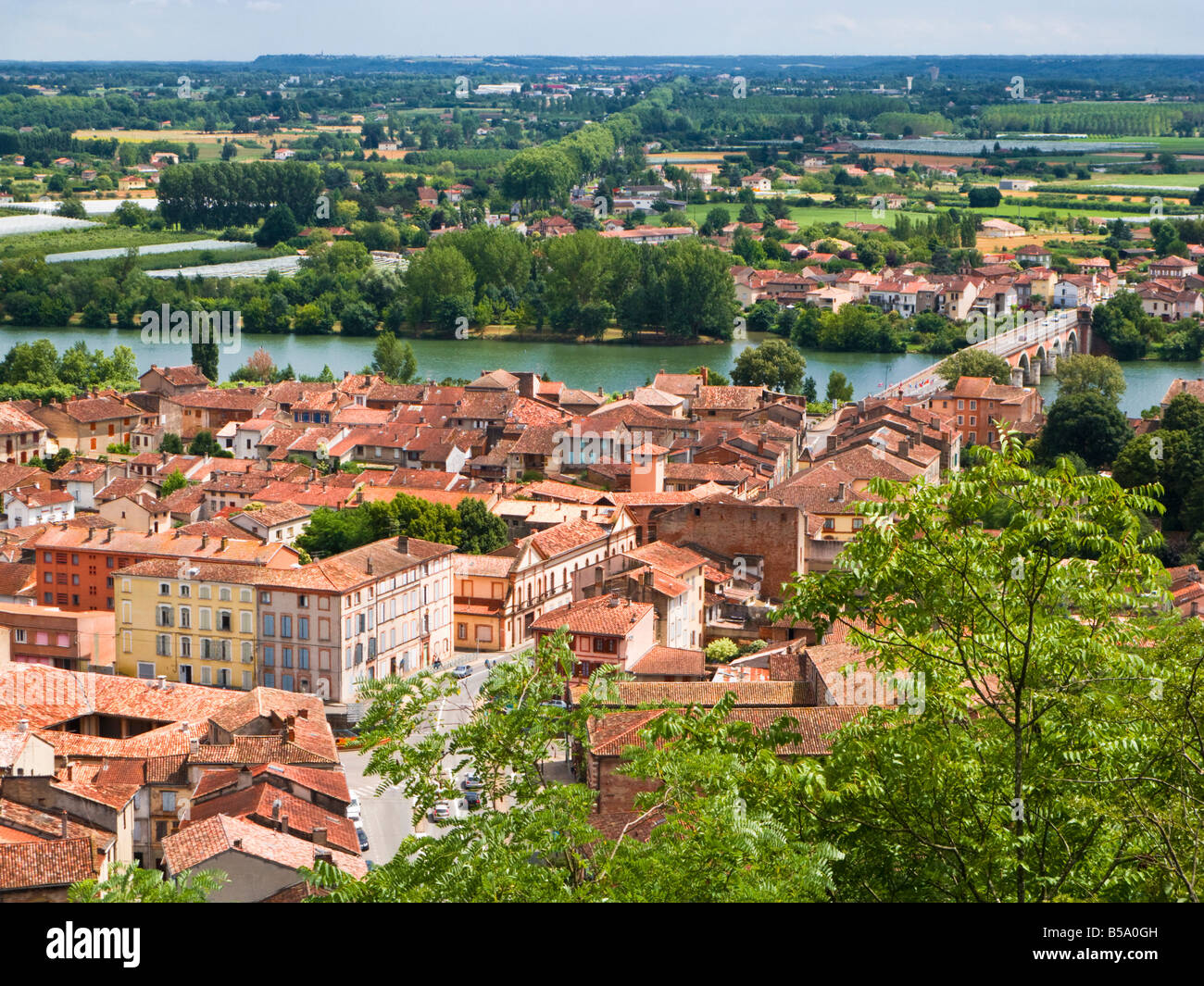 Historic town of Moissac and Pont Napoleon on the River Tarn, Tarn et Garonne, France, Europe - Stock Image