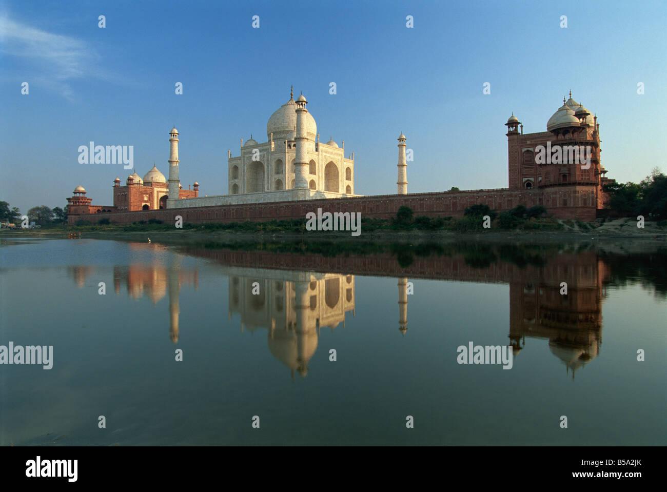 Taj Mahal UNESCO World Heritage Site Agra Uttar Pradesh state India Asia - Stock Image