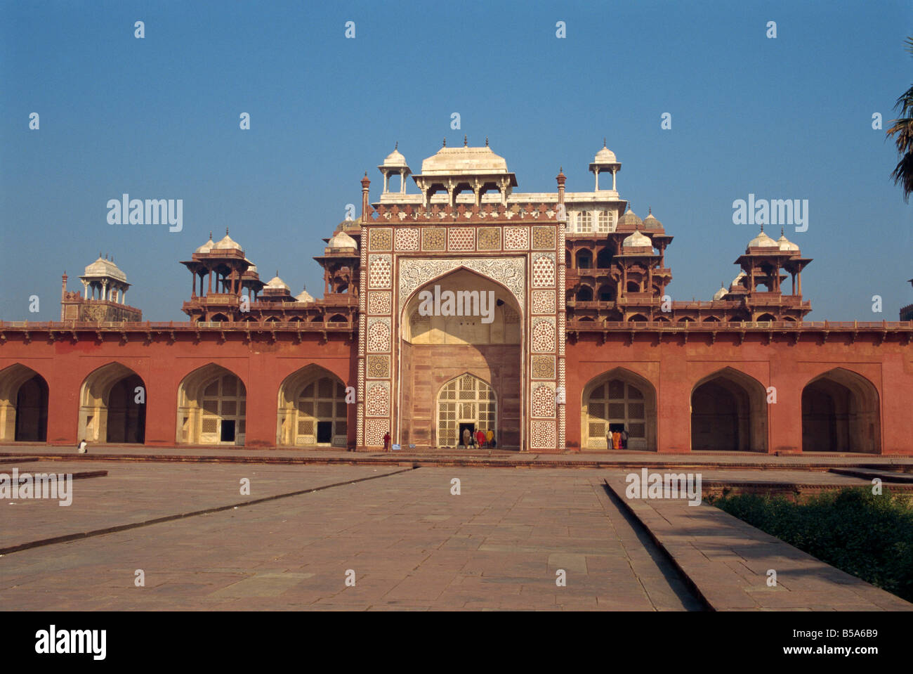 Akbar s Mausoleum built in 1602 by Akbar Sikandra Agra Uttar Pradesh state India Asia - Stock Image