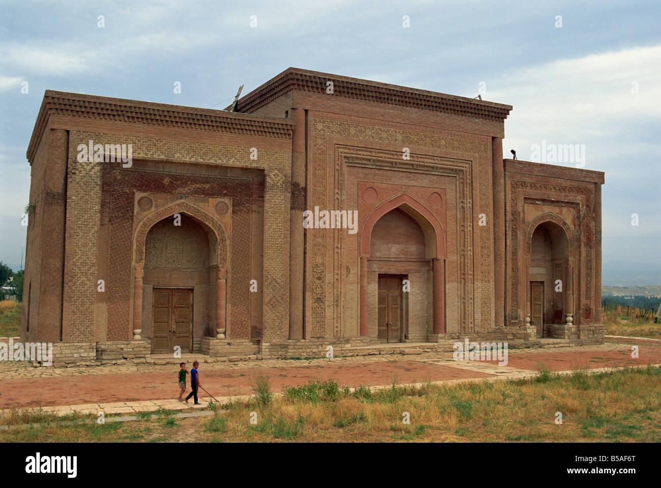 The 11th century Karakhanid mausoleum, Uzgen, Kyrgyzstan, Central Asia - Stock Image