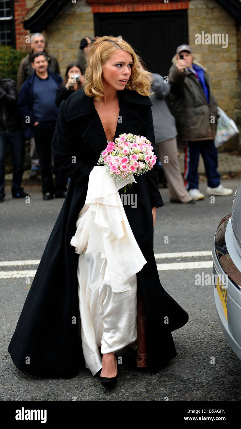 Wedding of Billie Piper and fellow actor Laurence Fox Billie Piper arriving at the St Mary s church in the village - Stock Image