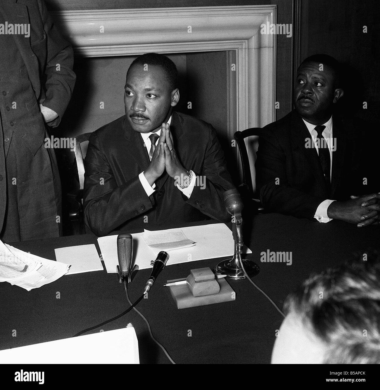 Dr Martin Luther King speaking at his press conference after sermon at St Pauls Cathed Londonr MSI LAFjan05 15th - Stock Image