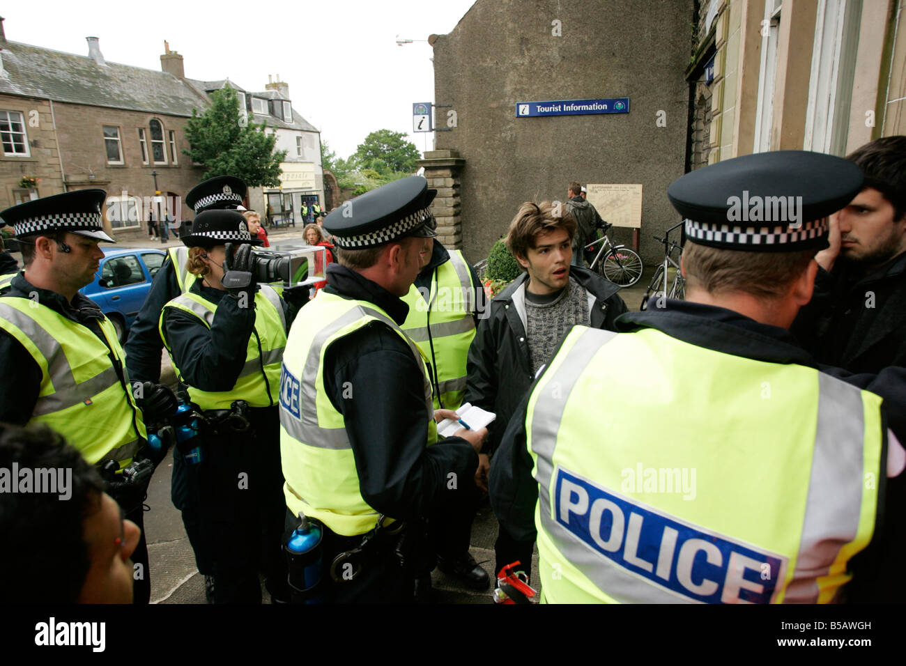 G8 protester stop and searched by police gleneagles - Stock Image