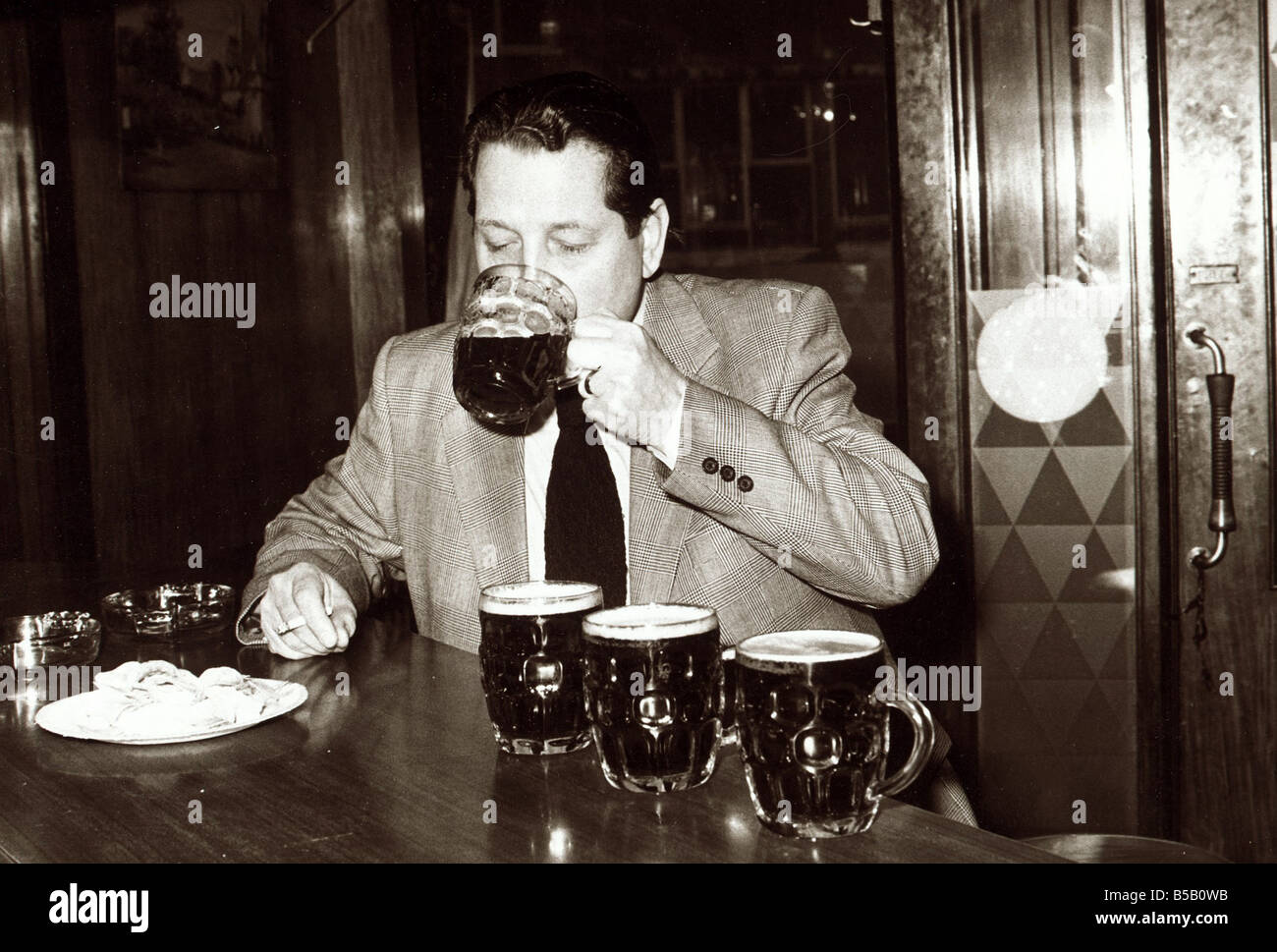 1970s Beer Stock Photos & 1970s Beer Stock Images - Alamy