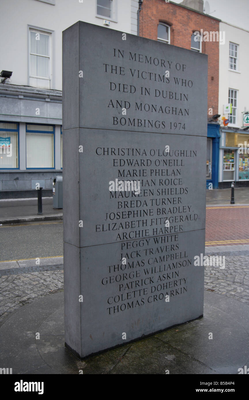 memorial to the victims of car bombs in dublin and monaghan in 1974 that killed many people talbot street - Stock Image