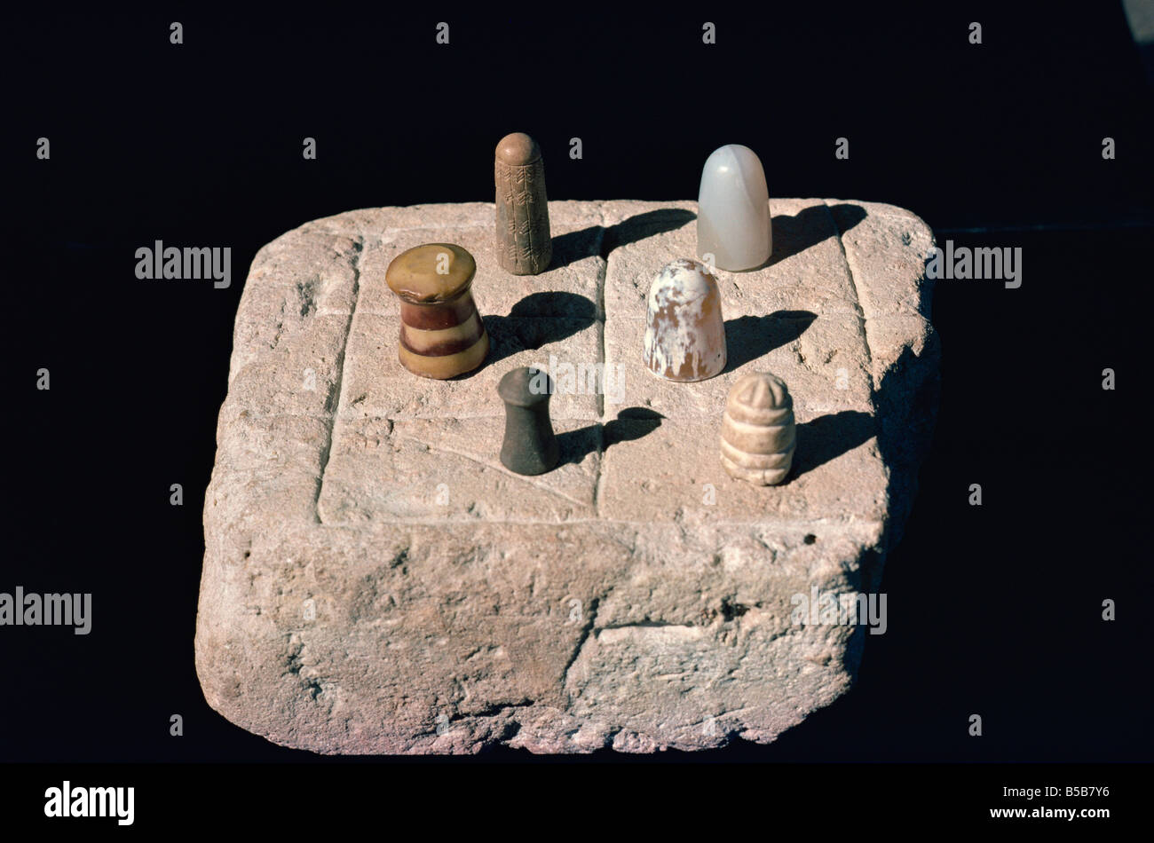 The chess board from the Indus civilisation at Mohenjodaro in the Karachi Museum Pakistan Asia - Stock Image