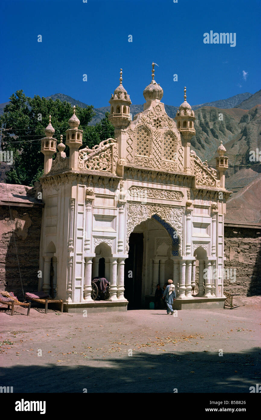 Decorated arch in Mentars Palace in Chitral, Pakistan - Stock Image