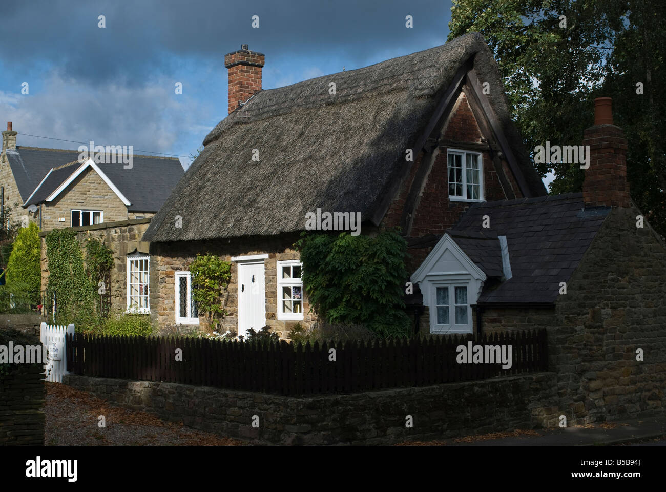 derbyshire,thatched,cottage Stock Photo