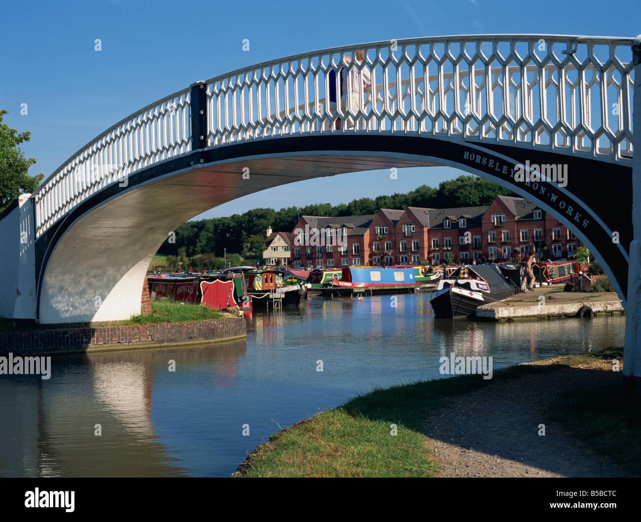 Iron bridge across entrance to Braunston Marina, off Grand Union Canal, near Daventry, Northamptonshire, England, - Stock Image