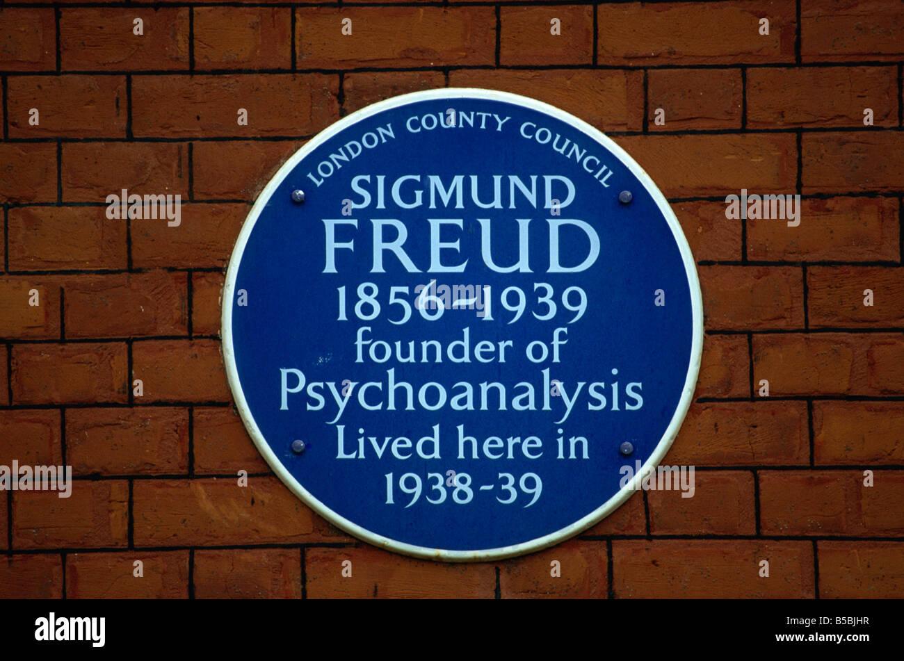 Blue plaque commemorating Sigmund Freud, London, England, Europe - Stock Image