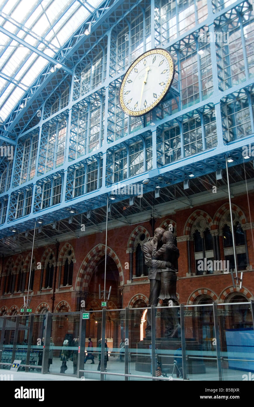 St. Pancras International Train Station, London, England, Europe - Stock Image