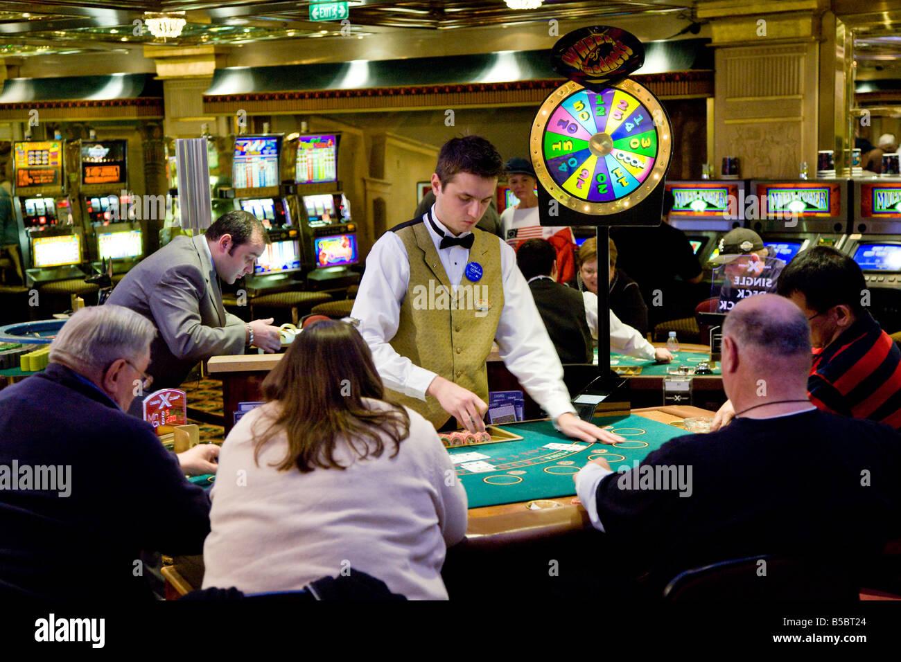 casino dealer cruiselines