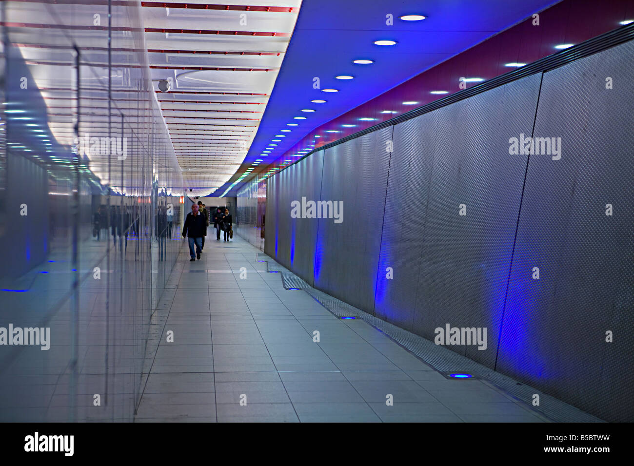 A well lit passage / walkway in the Berlin underground walk way U-Bahn S-Bahn Stock Photo