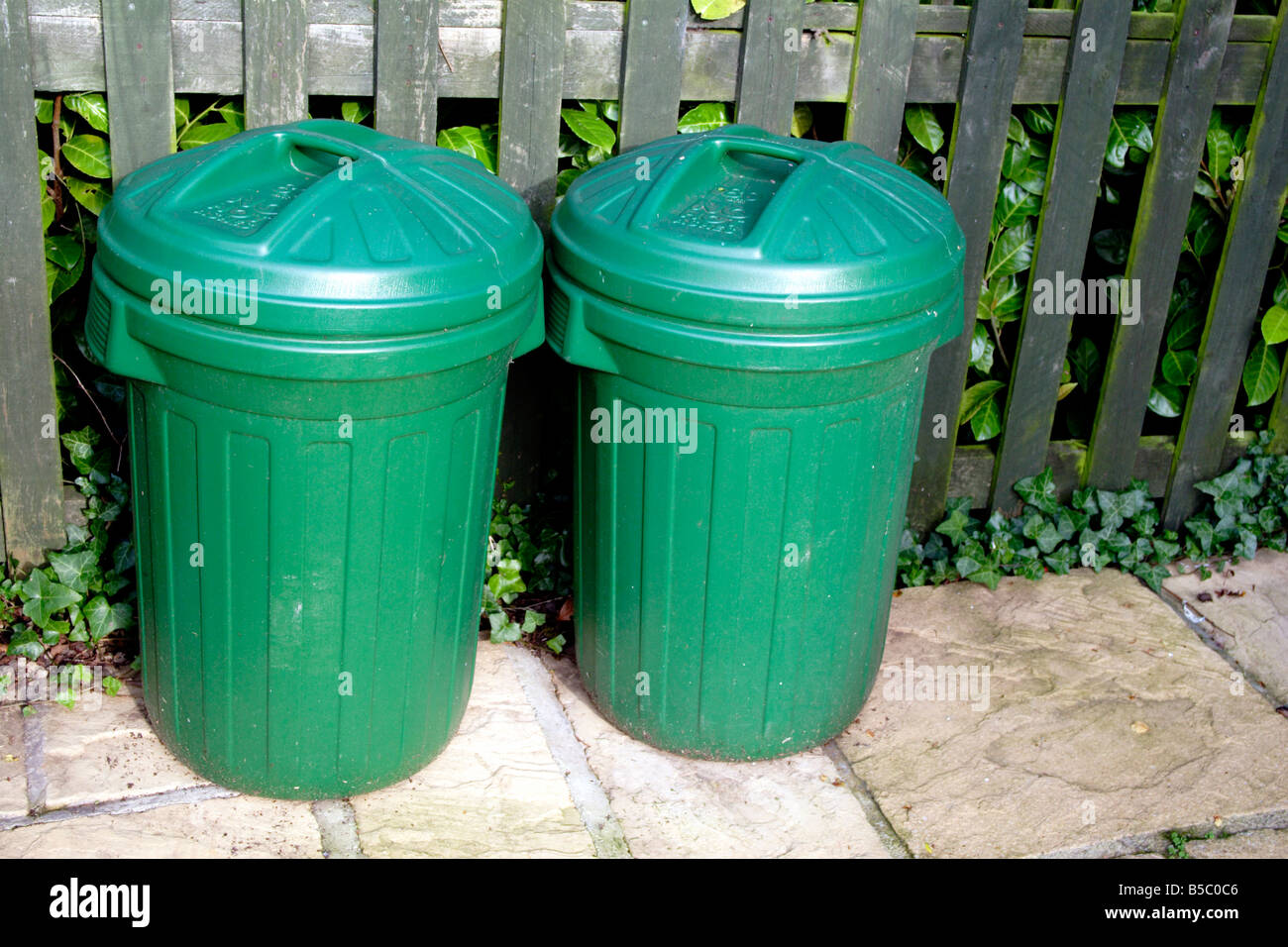 Two Dustbins Stock Photos & Two Dustbins Stock Images - Alamy