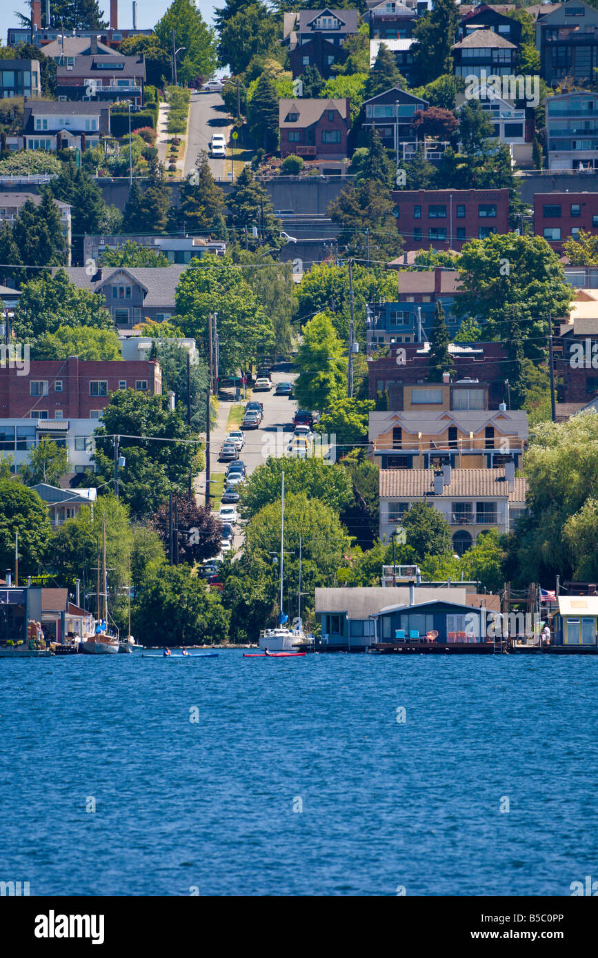 Homes in the Eastlake neighborhood on Lake Union in Seattle, Washington - Stock Image