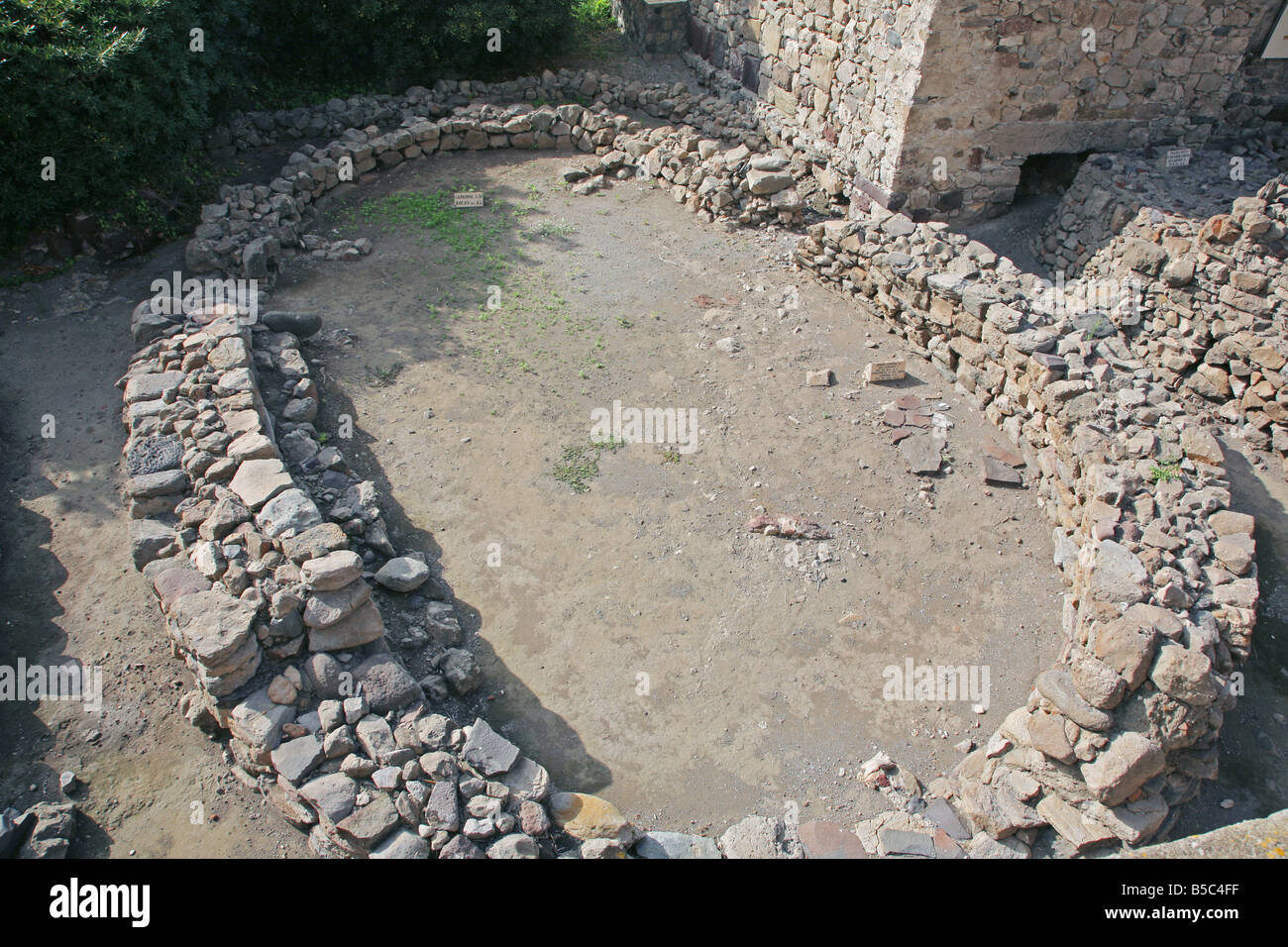 Remnants of a prehistoric house excavated at Lipari's castle - Stock Image