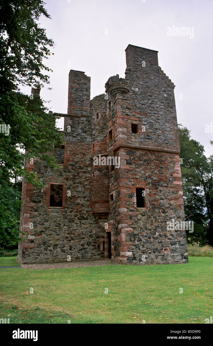 High Quality Greenknowe Tower, 1581. Fine Example Of Tower House On A L Plan, Gordon,  Berwickshire, Scotland, Europe