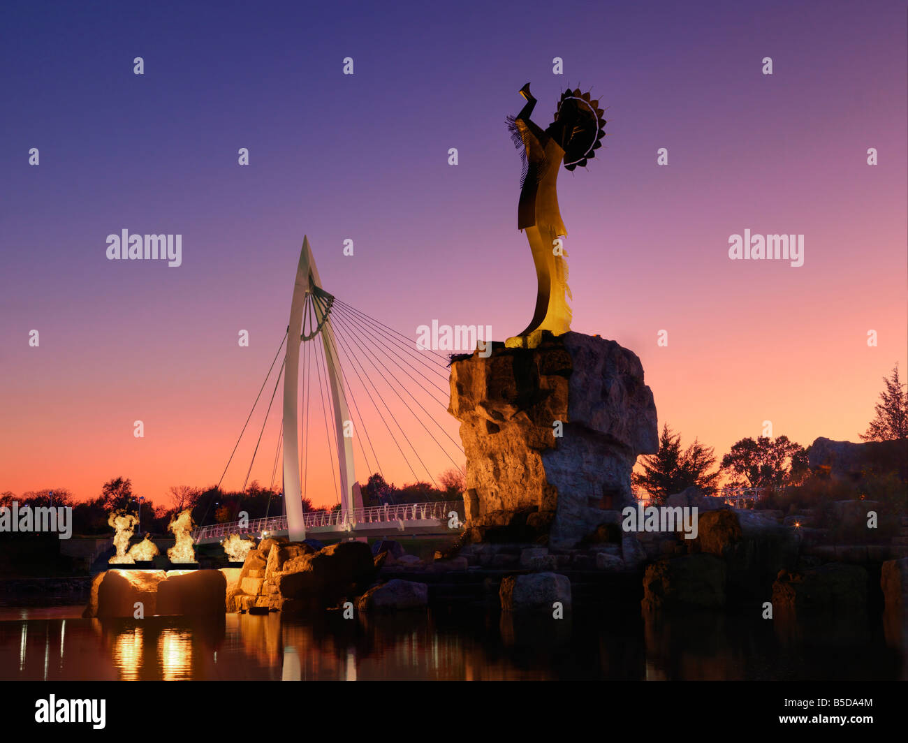 Keeper of the Plains statue, Wichita, Kansas, USA. - Stock Image