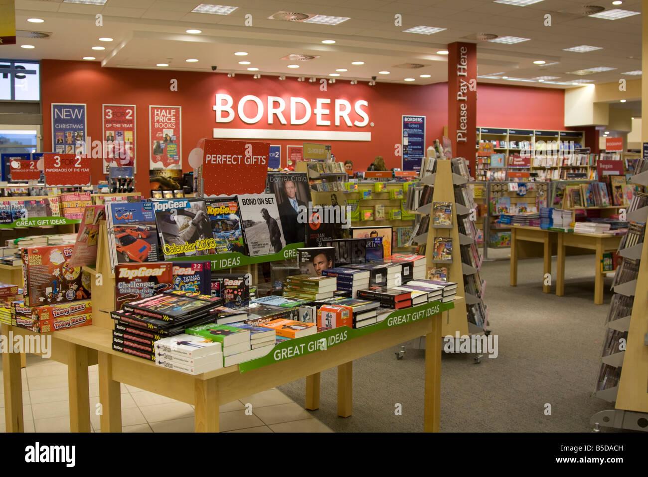 Borders Bookshop Milton Keynes Bucks UK - Stock Image
