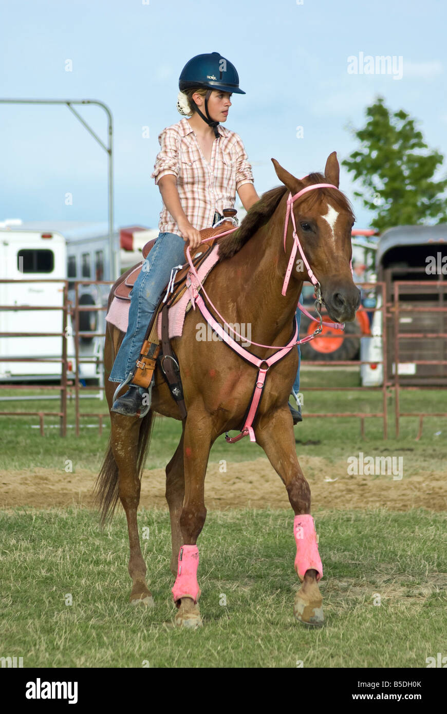 Girl and horse in competition at a county fair - Stock Image