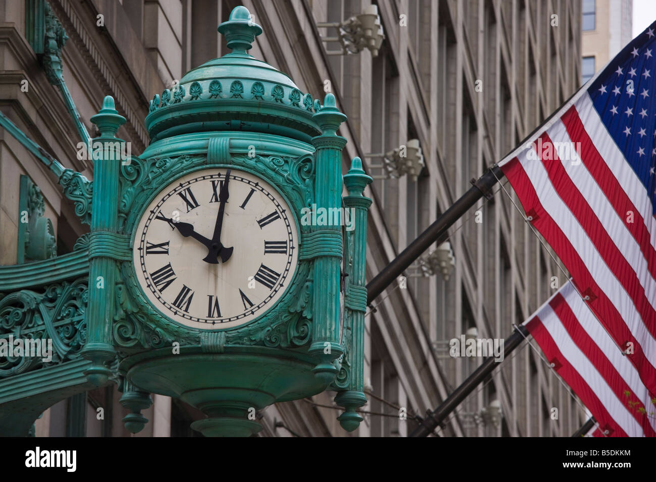 b4525ca0bea Marshall Field Building Chicago Stock Photos   Marshall Field ...