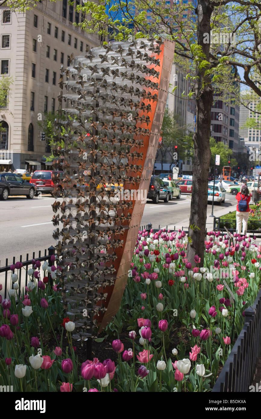 Kinetic sculpture on North Michigan Avenue, the Magnificent Mile, Chicago, Illinois, USA, North America - Stock Image