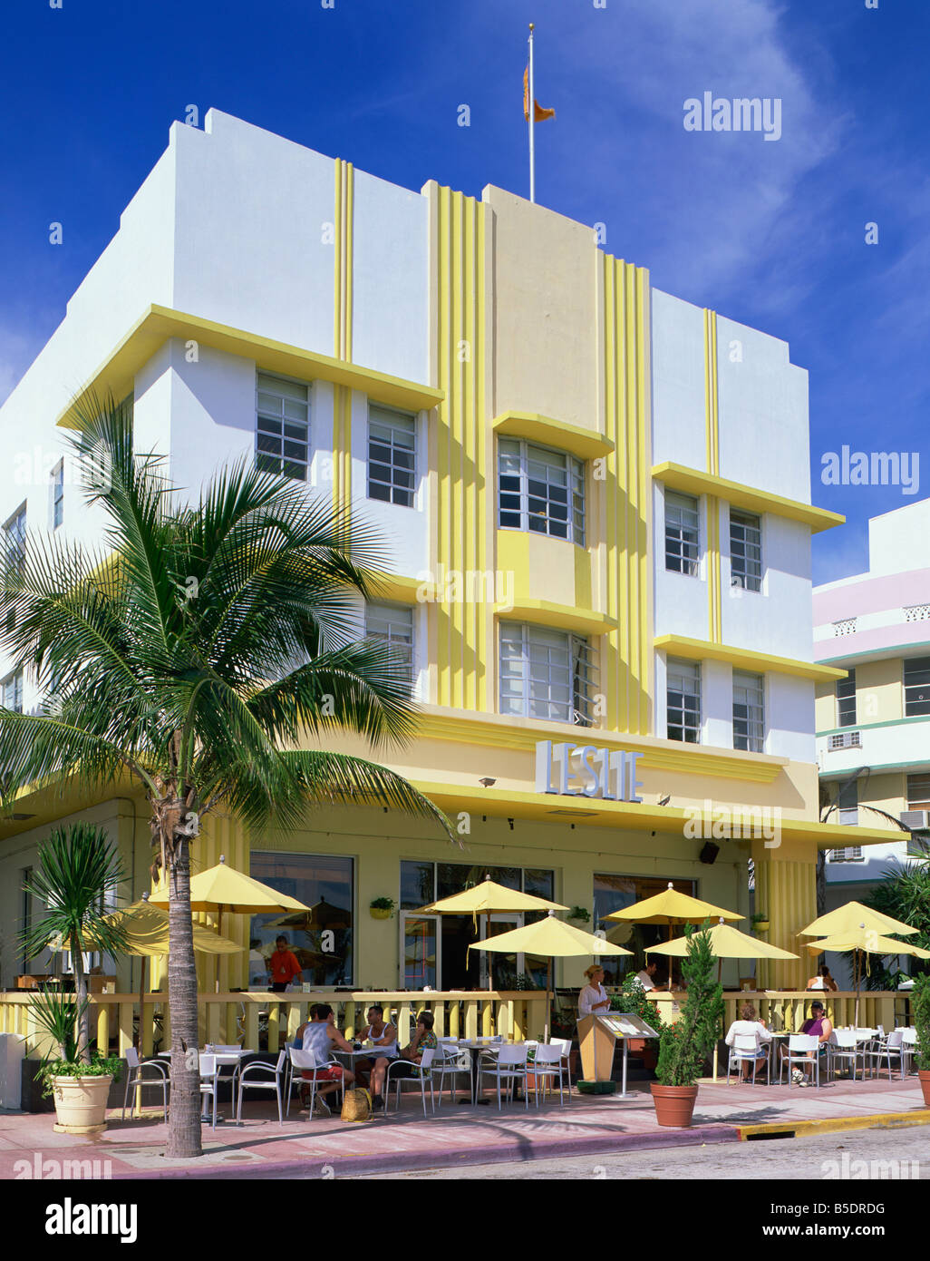 the leslie hotel ocean drive art deco district miami beach. Black Bedroom Furniture Sets. Home Design Ideas