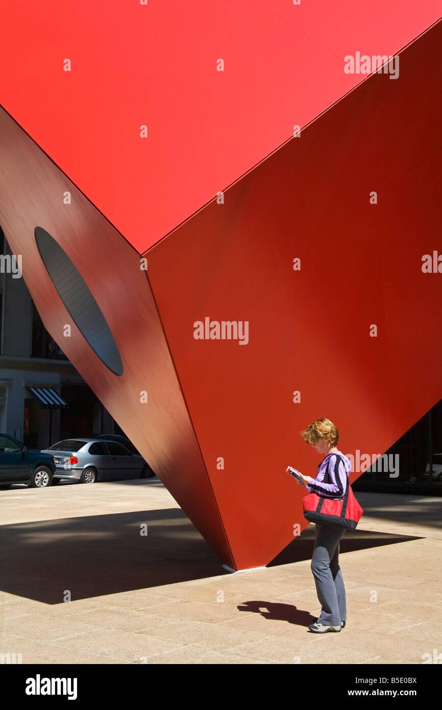 Red Sculpture by Ivan Chermayeff at Helmsley Plaza (Nine West 57th Street), Lower Manhattan, New York City, New Stock Photo