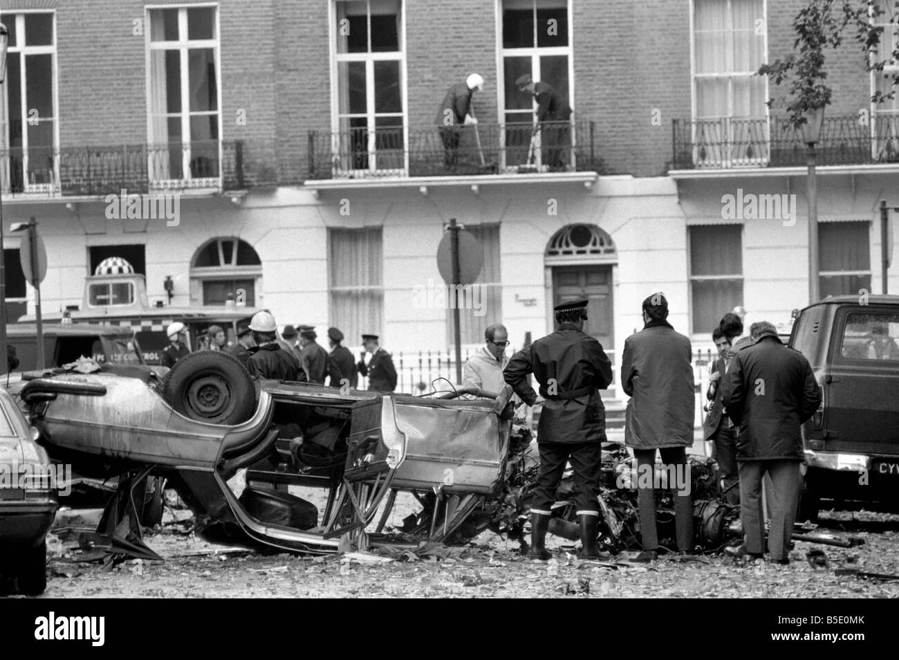 Terrorism Ira London Car Bomb Attached To Richard