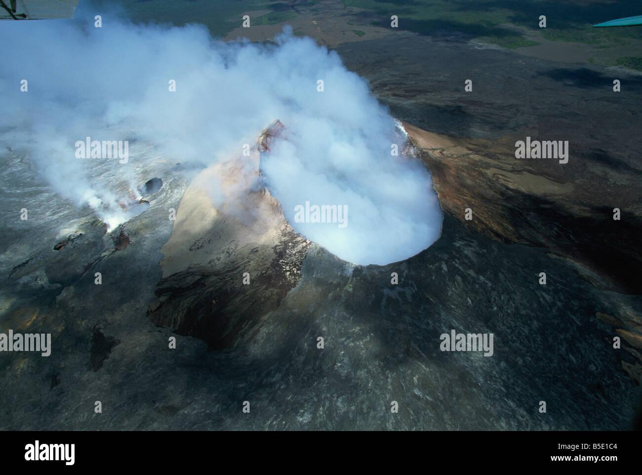 The Pu'u O'o cinder cone, Kilauea volcano, Big Island, Hawaii, Hawaiian Islands - Stock Image