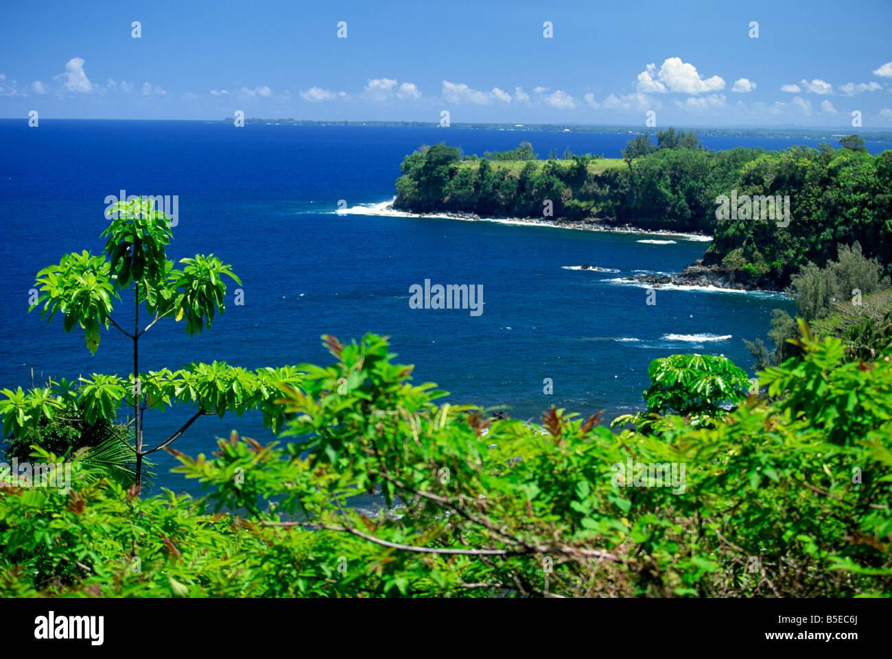 Onomea Bay by the Pepeekeo Four-Mile scenic drive on the Hamakua coast in the northeast of Hawaii, The Big Island, - Stock Image
