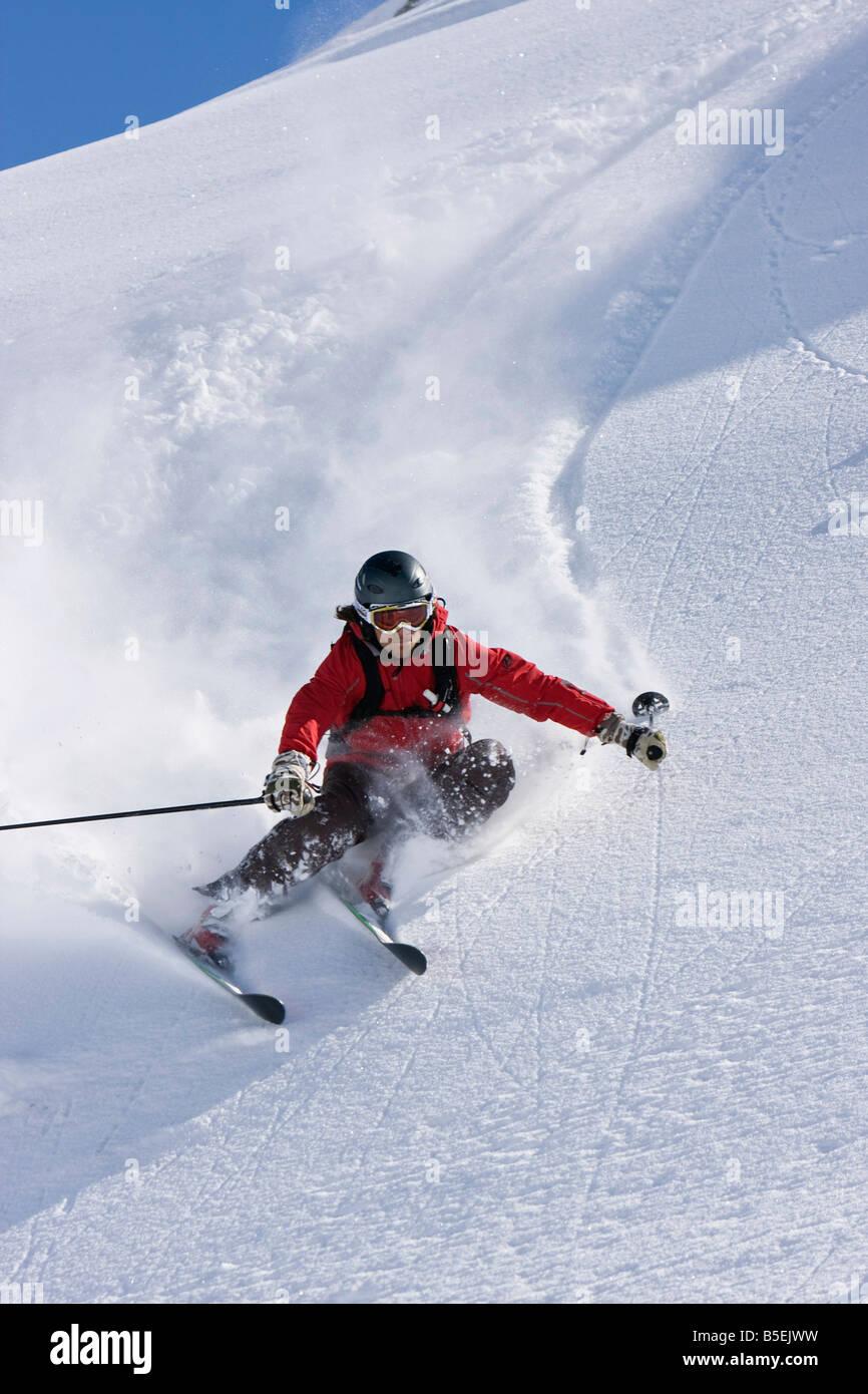 Austria, Tyrol, Zillertal, Gerlos, Freeride, Man skiing downhill Stock Photo