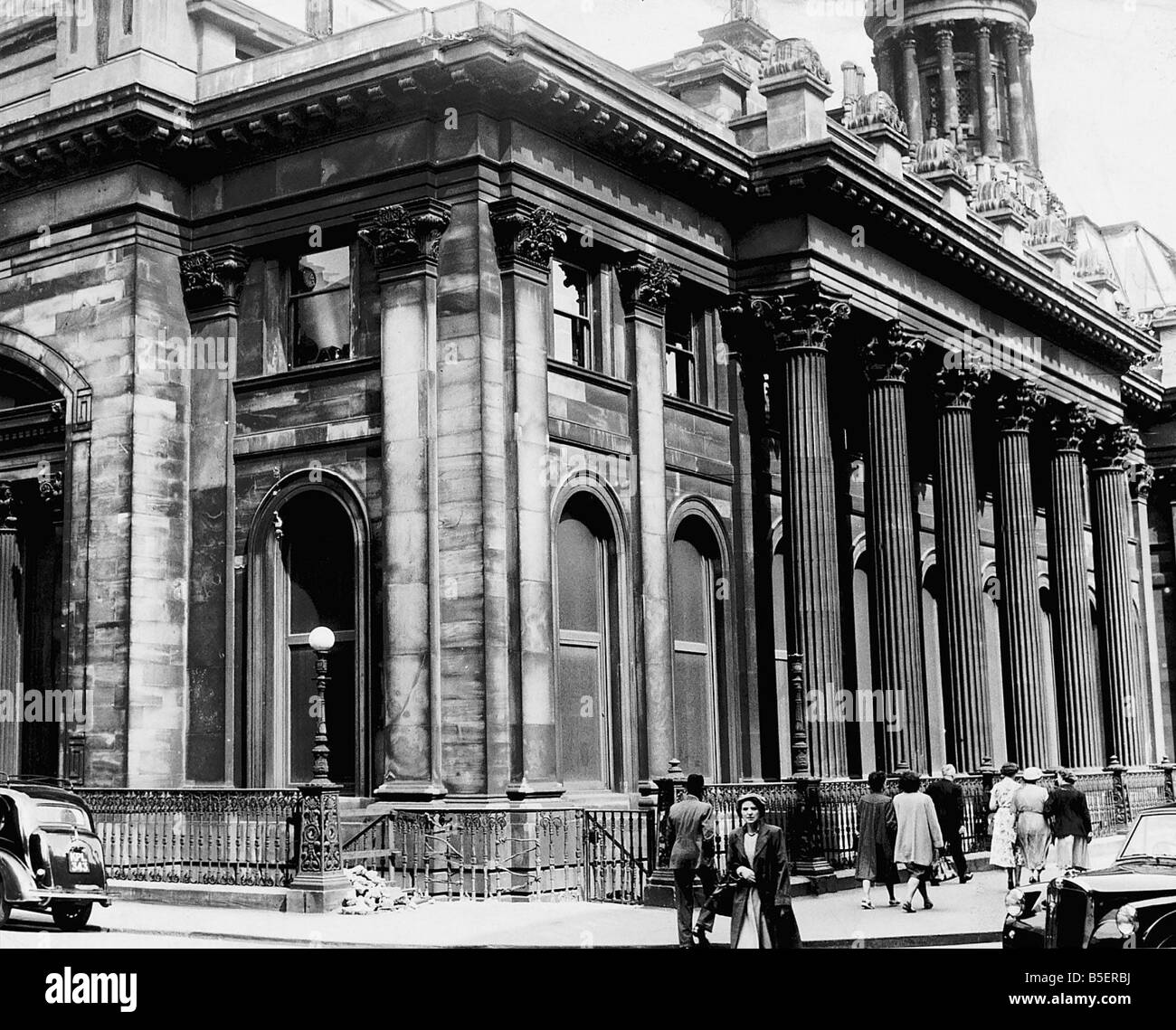 Architecture Buildings The Royal Exchange building which is now the Glasgow Gallery of Modern Art - Stock Image