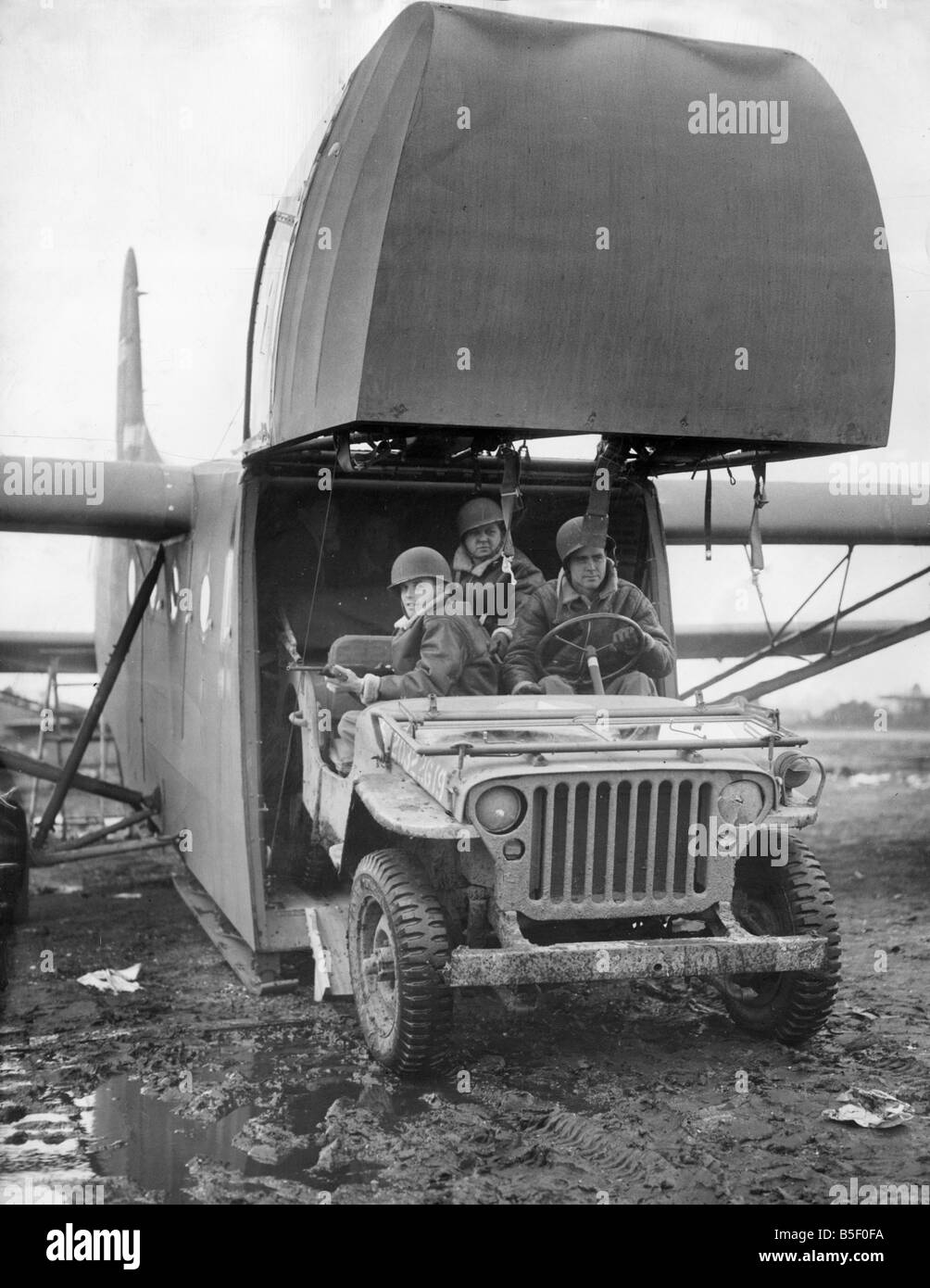 An American Waco glider cointaining a Willy jeep sent to Devon Stock