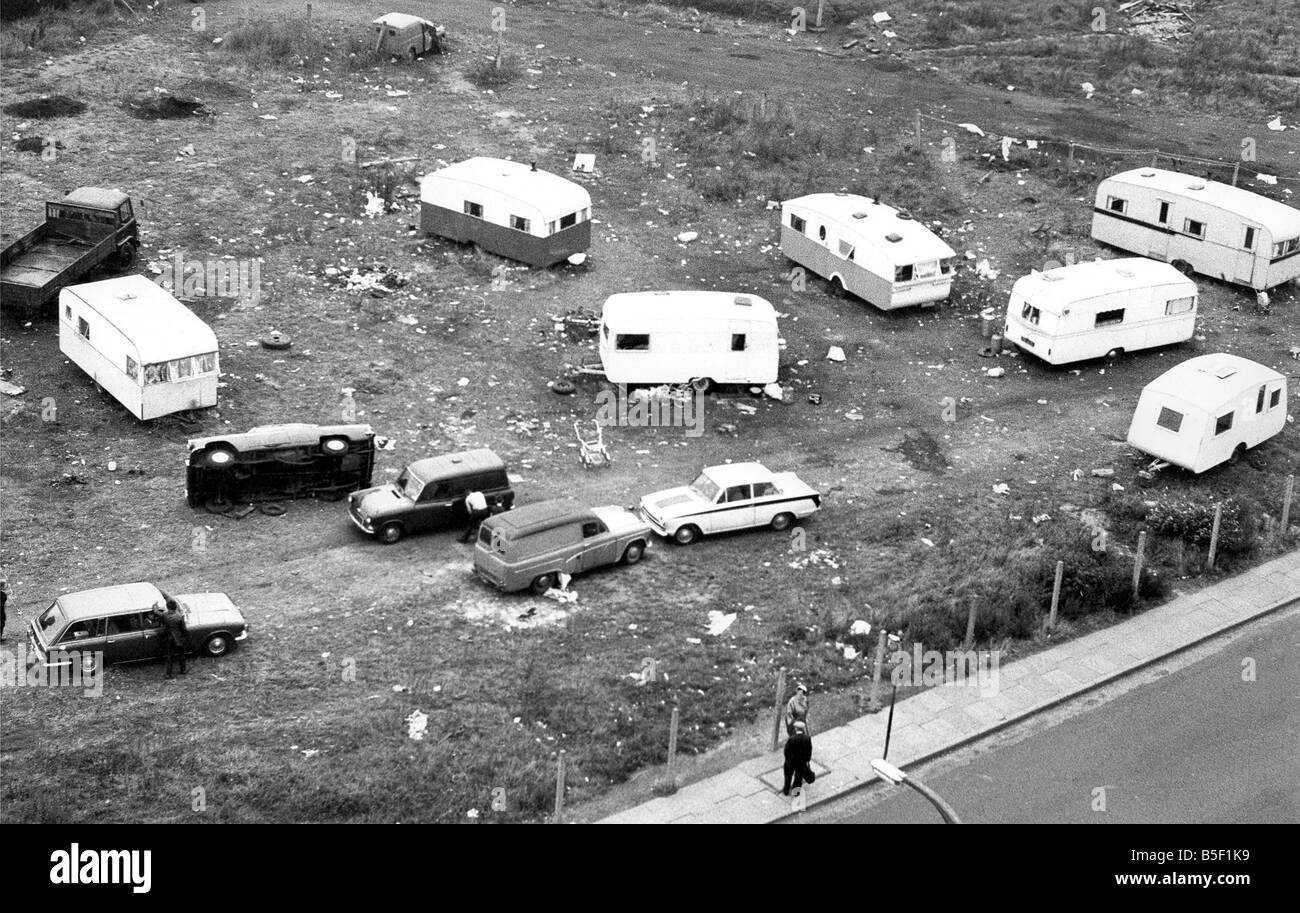 These gypsies are parked illegally adjacent to the Redheugh Football Ground at the bottom of Askew Road and neighbours - Stock Image
