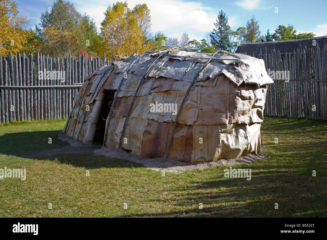 Birch Bark Huron Longhouse at the authentic Huron Indian Village in Midland Ontario Canada - Stock Image