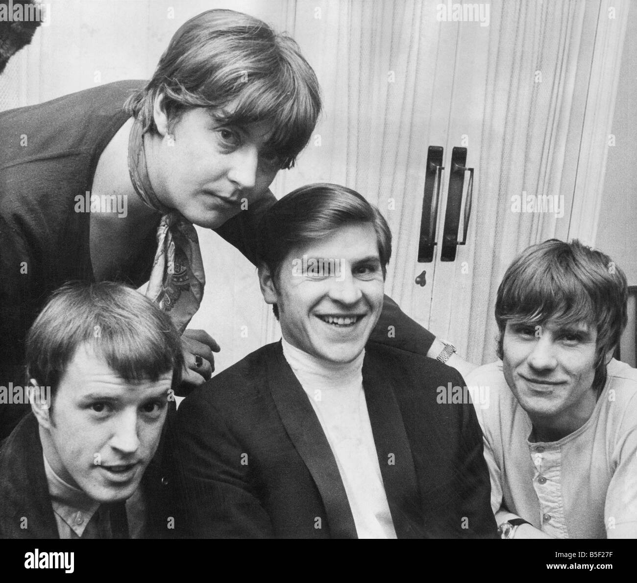 Image of: Burdon Alan Pop Group The Animals In Their Dressing Room At Newcastle City Hall To John Steel Chas Chandler Alan Price And Hilton Valentine 22 12 68 Getty Images Pop Group The Animals In Their Dressing Room At Newcastle City Hall