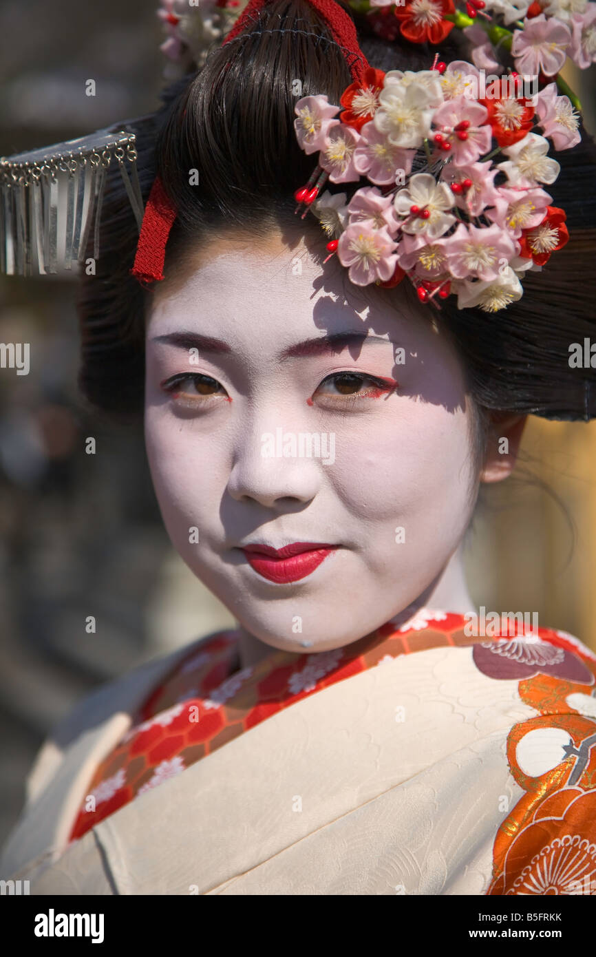 Kyoto City Japan Kiyomizu Temple portrait of a geisha in traditional make up Stock Photo
