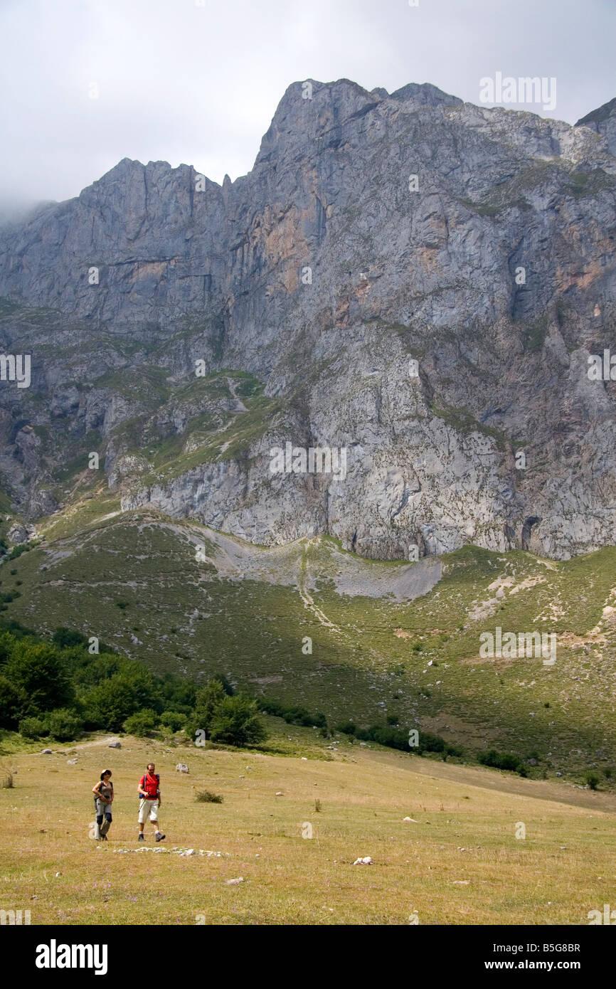 Hikers in the Picos de Europa at Fuente De Liebana Cantabria northwestern Spain - Stock Image