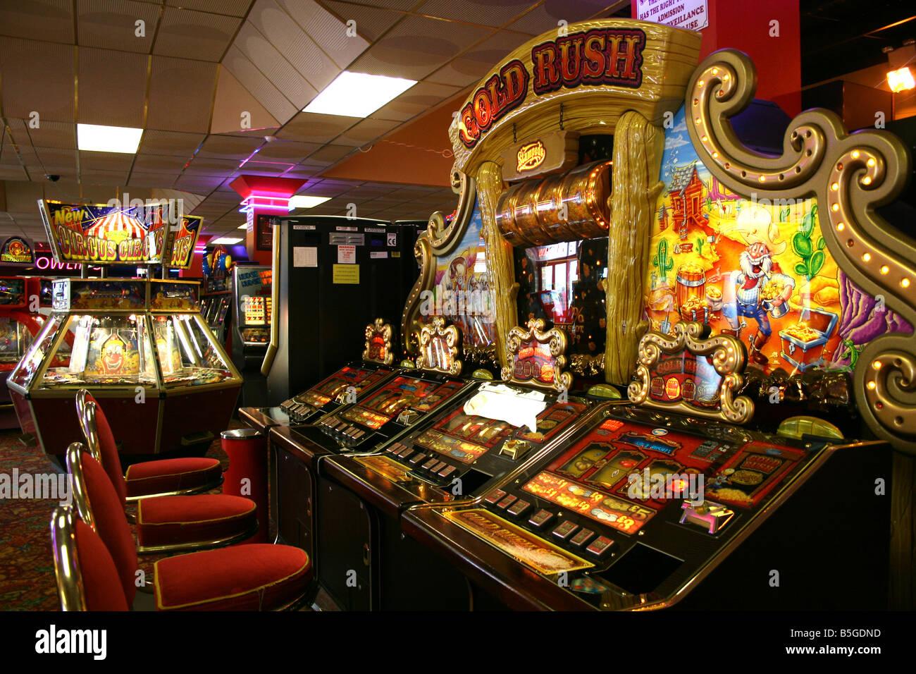 Dungeons and dragons video slot machine juegos gratis de poker texas