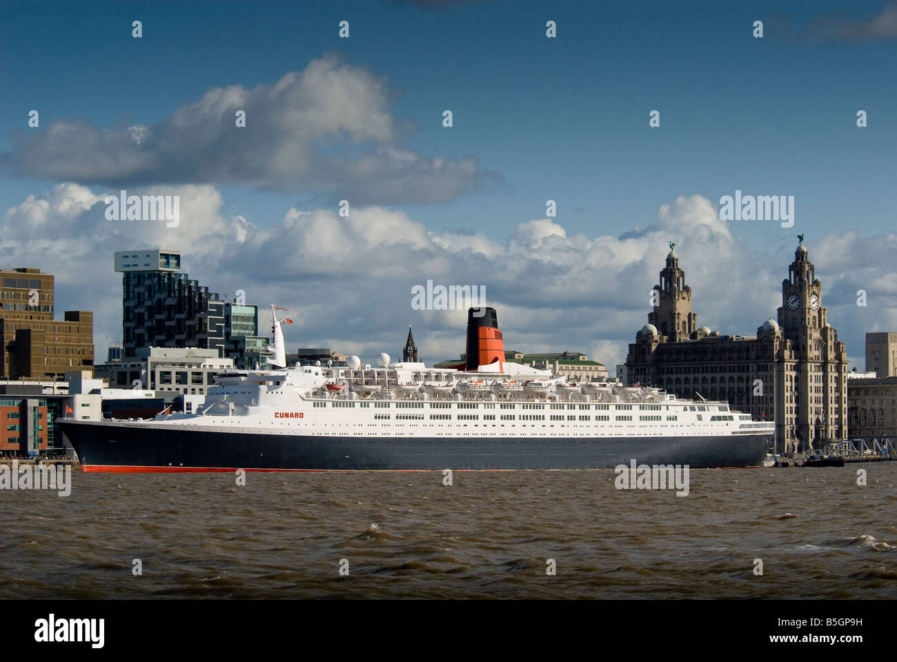 Cunarder the Queen Elizabeth 2 at Liverpool landing stage on her final visit - Stock Image