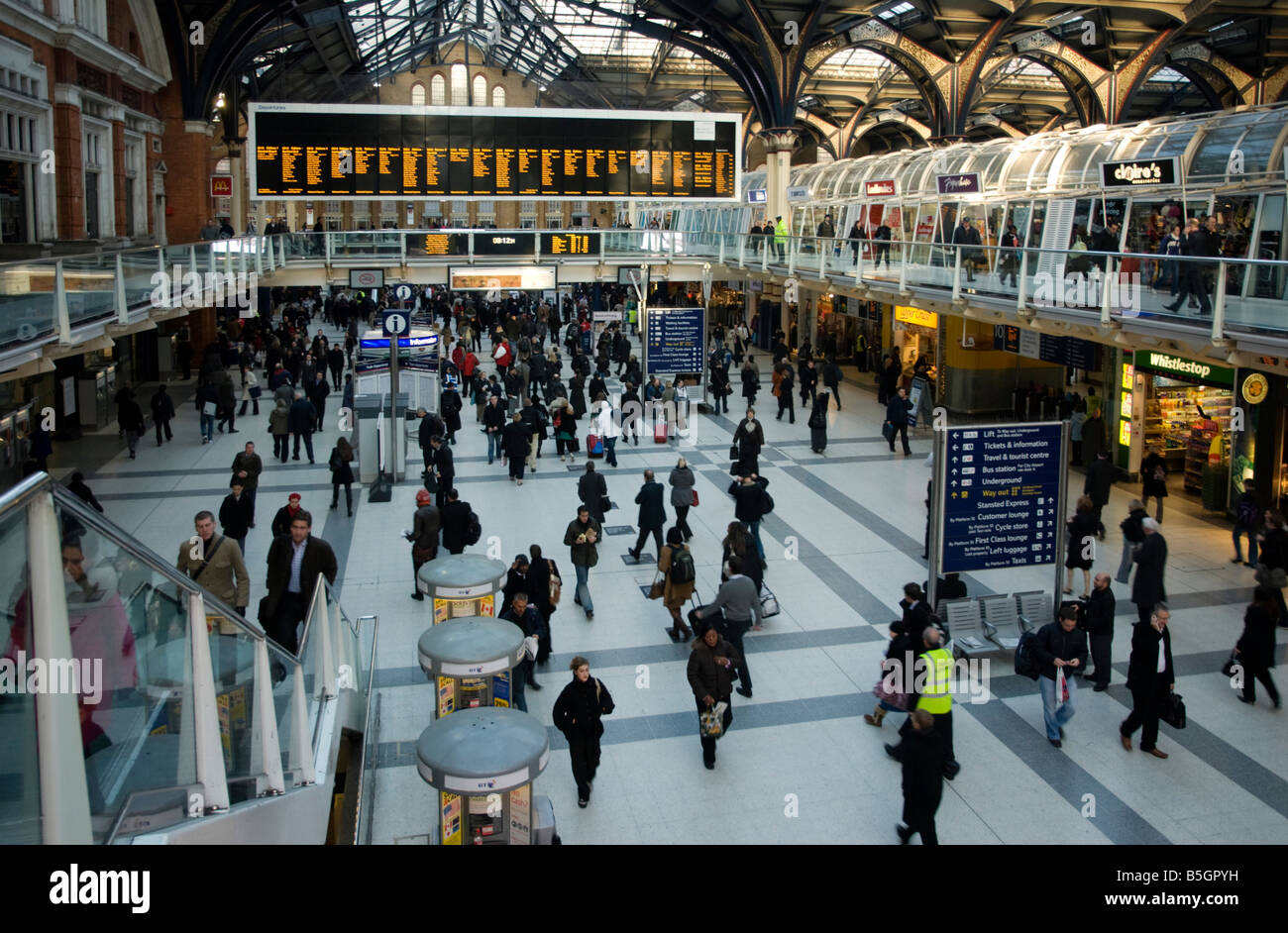 Commuters in the morning at Liverpool Street Station, London - Stock Image