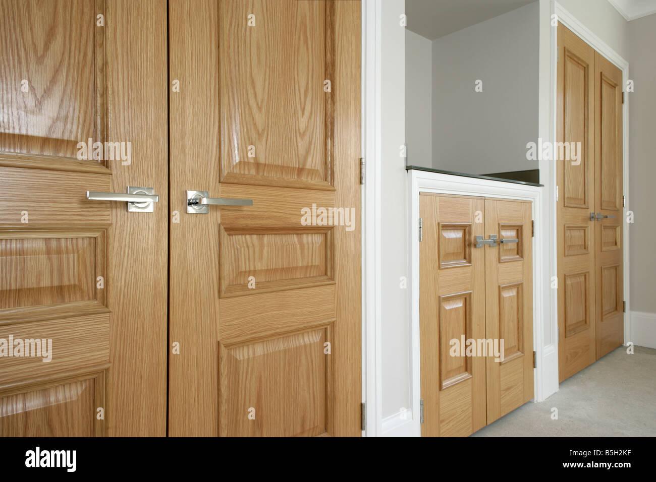 wooden bedroom cupboards Stock Photo: 20658947 - Alamy