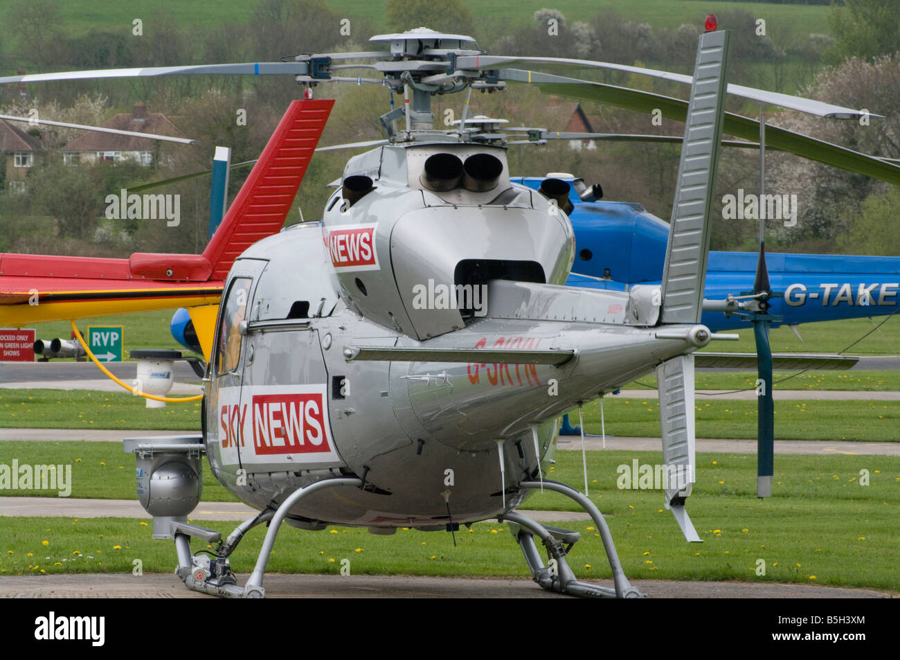 Aerospatiale AS 355F 1 Ecureuil 2 G SKYN Sky News Helicopter Redhill Aerodrome Surrey UK Helicopters - Stock Image