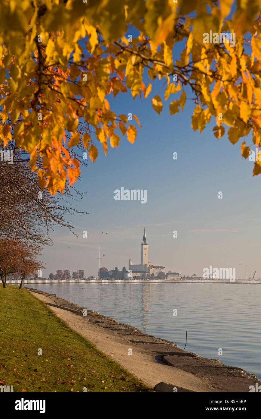 Grosse Pointe Shores Michigan The Grosse Pointe Yacht Club in suburban Detroit on the shores of Lake St Clair - Stock Image